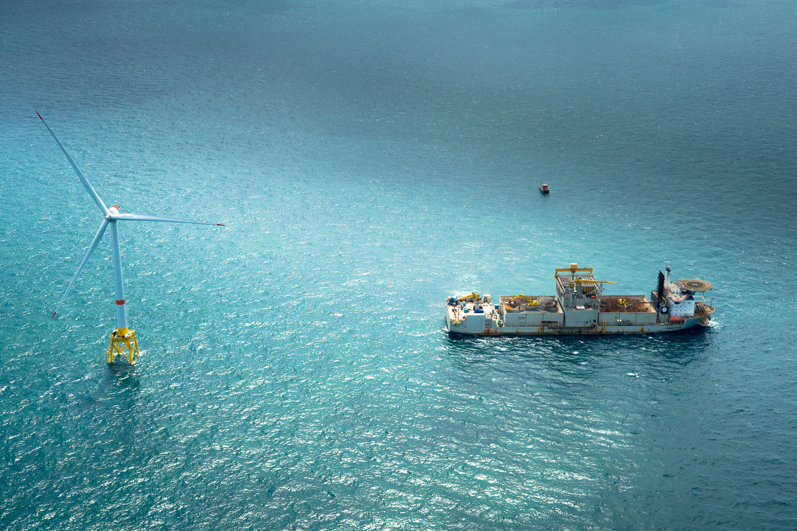 Cable laying ship from Jan de Nul